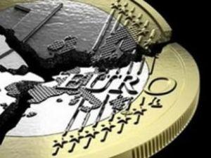 Almanya borçlanmak için üste para alıyor