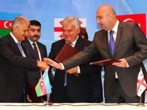 BTK demiryolu projesi'nde imzalar atıldı