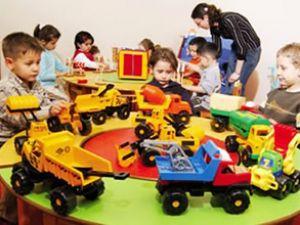 Çocukların kreş parasını devlet ödeyecek