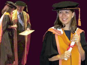 Başak Akdemir, doktora diplomasını aldı