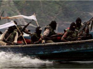 Korsanlar Somali'den Gine Körfezi'ne kaydı