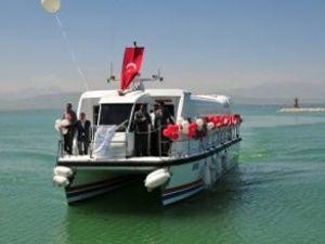 Van - Ahlat arası deniz otobüsü seferi