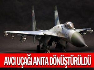 Avcı uçağı Su-27 anıta dönüştürüldü