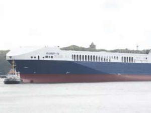 'Ulusoy 14' Ro-Ro gemisi suya indirildi