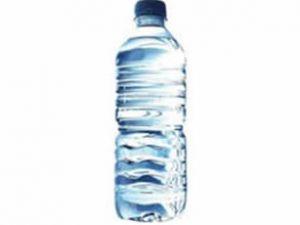 Su şişesinden plastik parçası çıktı