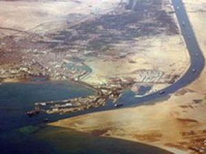 Türk gemileri Süveyş Kanalı'nı bastı!