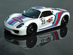 Porsche ve Martini yeniden bir arada!