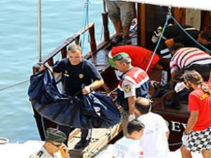 Tekne kurbanlarının otopsileri tamamlandı