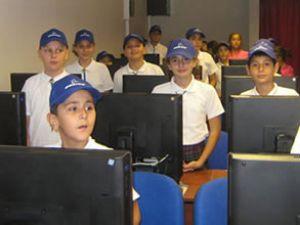 Türkiye'de eğitim alanındaki katkılar devam ediyor