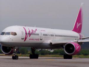 Uçak arızalandı, yolcular İtalya'da kaldı