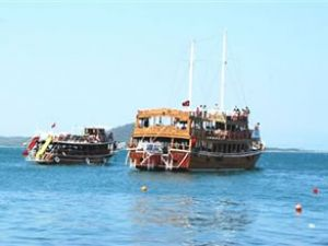 Denizi kirleten tekneye 34 bin lira ceza