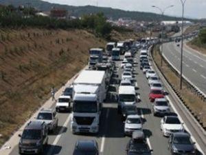 TEM'in Ankara istikameti 8 saat trafiğe kapalı
