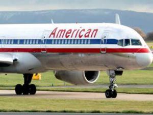 American Eagle uçağına kuş çarptı