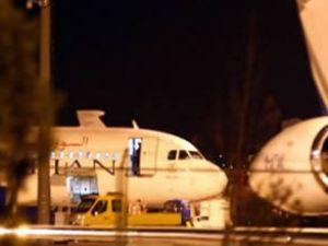 Suriye uçağından füze rampası çıktı