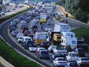 Trafikteki araç sayısı 18 milyonu buldu