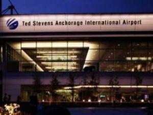 Bomba şakası havalimanı boşalttırdı!