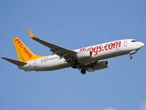 Pegasus afer Havalimanı'na uçuyor