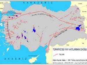 Marmara'ya deprem Ege'ye tsunami uyarısı