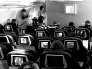 Uçakta sarhoş yolcu vakası daha yaşandı