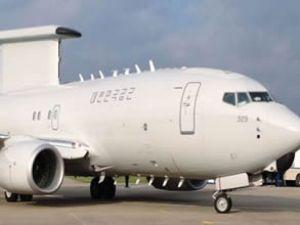 Boeing Kore'ye savaş uçağını teslim etti