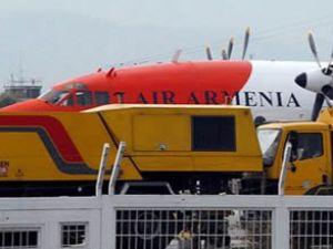 Uçak Suriye'ye gitmek üzere havalandı!