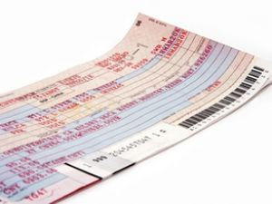 Uçak yolculuğunda kağıt bilet dönemi bitti