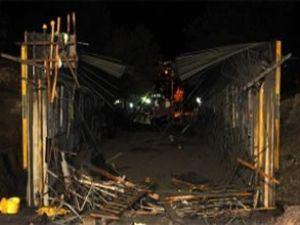 YHT projesinde köprü inşaatı çöktü: 10 yaralı