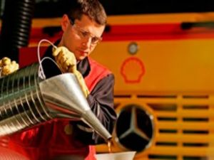 Shell madeni yağlar pazarın lideri oldu