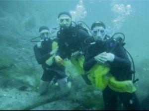 Marmaris'te deniz suyu tertemiz çıktı