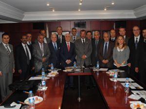 UND, Arap Taşımacılarla biraraya geldi