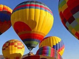 Mısır'da balon turları yeniden başladı
