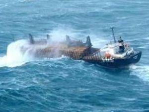 Gemiler Şarköy açıklarında demir attı