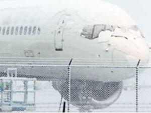 Onlarca uçak, Moskova'da mahsur kaldı