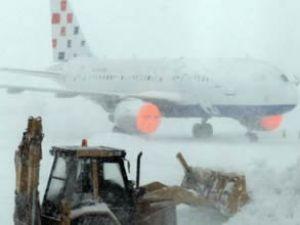 Zagreb havaalanı uzun süre ulaşıma kapandı