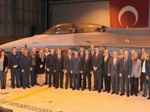 TUSAŞ, son F-16''yı törenle teslim etti