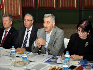 DHMİ,  2013 yılı yatırımlarını konuştu