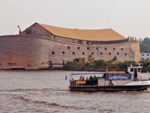 Araştırdı, Nuh'un gemisinin benzerini yaptı