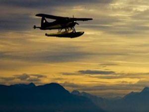 Deniz uçağı pilotları İzmit'e yerleşiyor