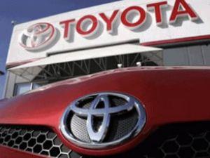 Toyota, GM şirketinden ünvanını geri aldı