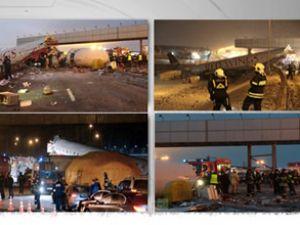 Otoyola düşen yolcu uçağının görüntüleri