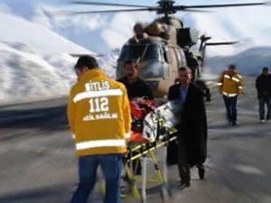 Askeri helikopter Doğu'da hayat kurtarıyor