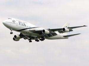 42 yolcu taşıyan uçağa kalkışta roketli saldırı