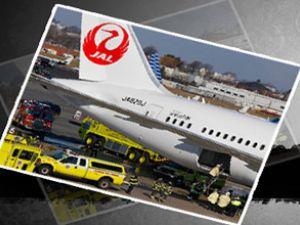Yolcu uçağının gövdesinde yangın çıktı