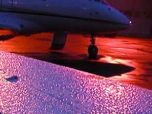 Antalya'da uçuşlara yağış engel oldu