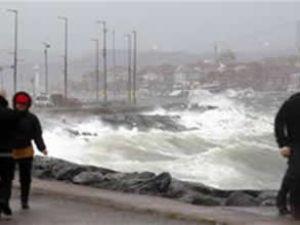 Kuzey Ege'de vapur seferleri iptal edildi
