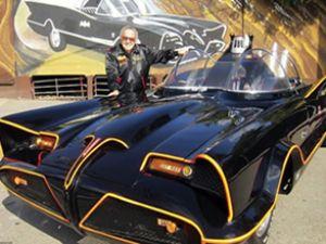 Batman'in afsane arabası satıldı