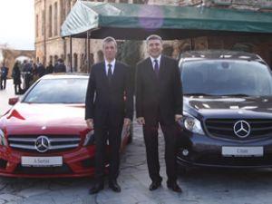 Sektör küçülürken Mercedes büyüdü