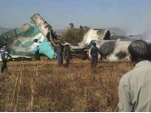 Kazakistan'daki uçak neden düştü