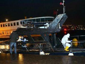 Arnavutköy'de bağlı tekne yandı: 2 ölü
