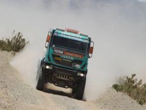 Dakar 2013′te Iveco başarısı yakaladı